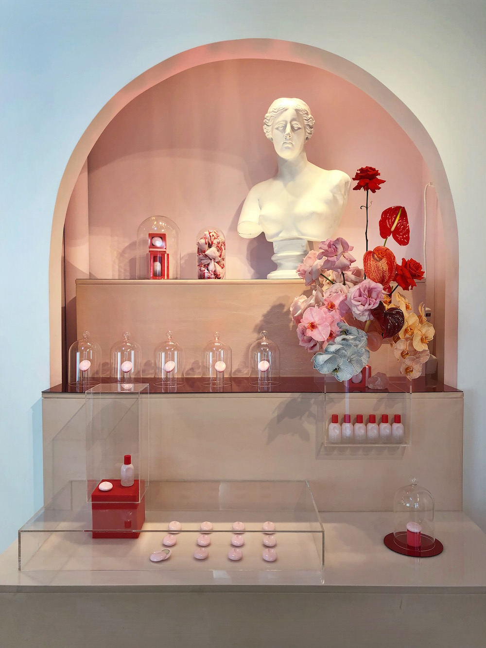 Best stores in NYC - Glossier