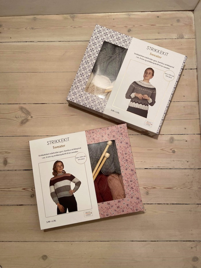 My knit kit is out